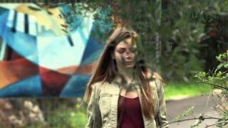 BRACCIALETTI ROSSI 2 - clip Leo rincorre Cris