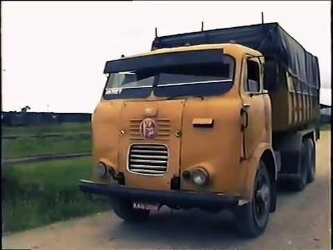 FNM D11.000 em Paranaguá Old truck in Brazil