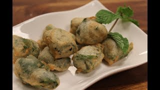 Spinach and Cheese Fritters | Sanjeev Kapoor Khazana