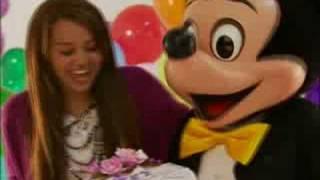 "Miley Cyrus to Celebrate ""Sweet 16"" Birthday at Disneyland"