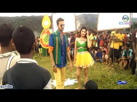Xxx Mp4 Bangladeshi Hot Actress Porimoni Unseen Shooting Video ✔ Media Barta 3gp Sex