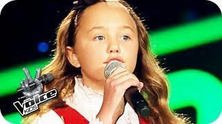 The Beatles - Blackbird (Zoé-Loes)   The Voice Kids 2017   Blind Auditions   SAT.1
