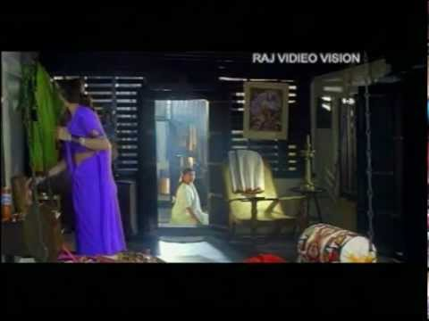 Sridevi Dress Changing Sexy Scene