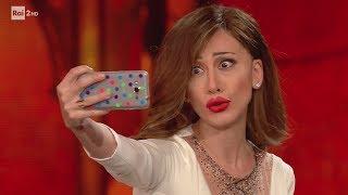 Virginia Raffaele è Belen Rodriguez - Facciamo che io ero 24/05/2017