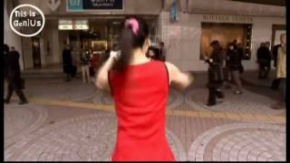 Stripping Japanese cheerleader gets ignored