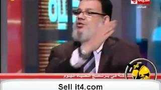 عاجل جدا انسحاب ممدوح إسماعيل على الهوا بعد مشادة مع لبنى فى برنامج الحياة اليوم