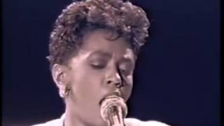Anita Baker   No One In The World Live1