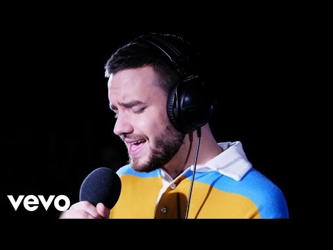 Download Liam Payne - The Middle (Zedd cover) in the Live Lounge free