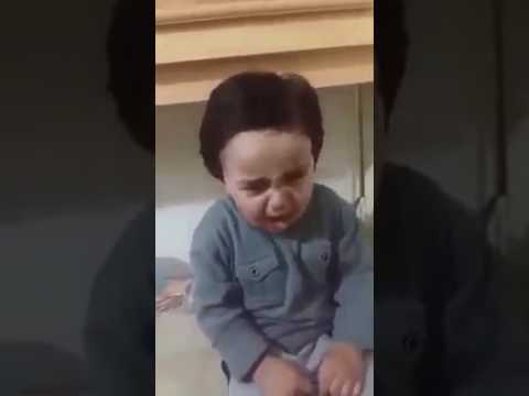 Xxx Mp4 Small Boy Crying A Very Funny Video 3gp Sex