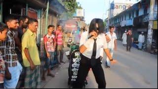 OMG !!  Street Food Seller Dances Like Michael Jackson !