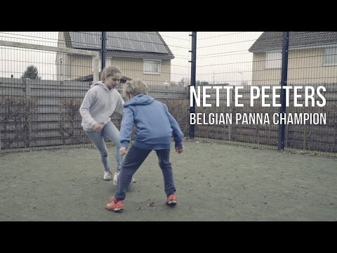 Nette Peeters | A girl who loves to give pannas