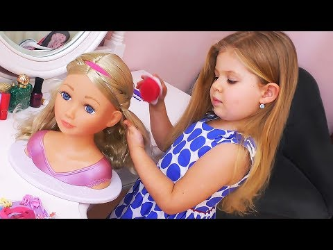 Xxx Mp4 Diana Playing And Makes Make Up For Baby Doll Toys Video For Children 3gp Sex