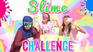 Blindfolded Slime Challenge ft. Karina Devi & Cantika Putri | Peachy Liv