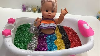 で色を学ぶ 赤ちゃんの幼児 人形 - 子供のための色づ | 子供 おもちゃ | The Surprise For Kids
