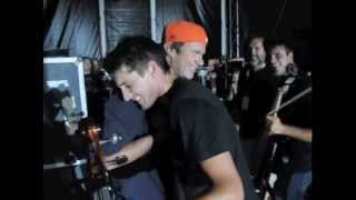 2CELLOS & Chad Smith - RHCP [LIVE VIDEO]