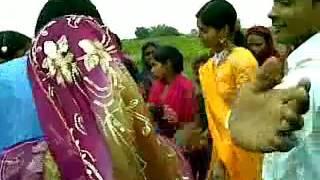 Desi dance azamgarh