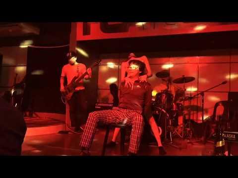Mocha Girl Georgina Sexy Dark Horse Lap Dance Cover Solo