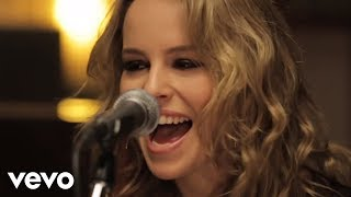 Bridgit Mendler - Hurricane (VEVO LIFT Presents)