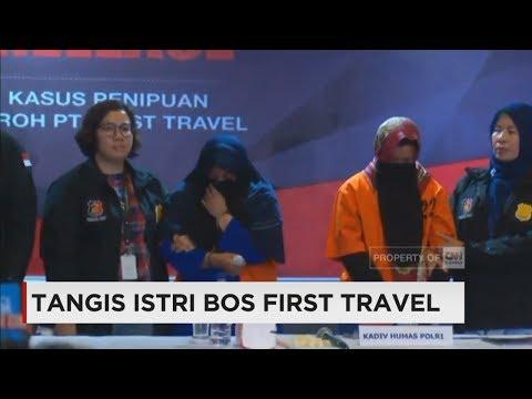 Tangis Istri Bos First Travel Saat Dipaparkan oleh Polisi di Mabes Polri