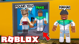 TROLLING PEOPLE  WITH A FAKE CLONE IN ROBLOX