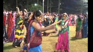 Gujarati Garba Song Navratri Live 2011 - Kalol - Darshna Vyas, Vipul Panchivala - Day-4 Part-8