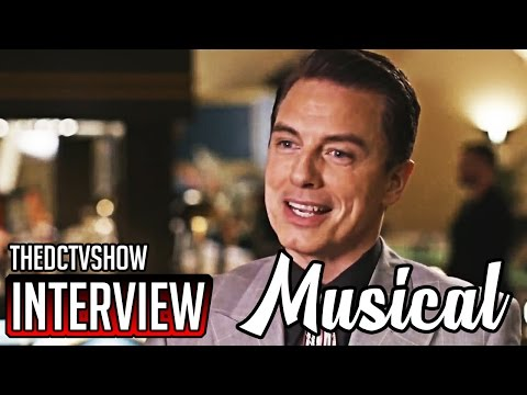 The Flash 3x17 John Barrowman Interview Duet Supergirl Musical Crossover Preview