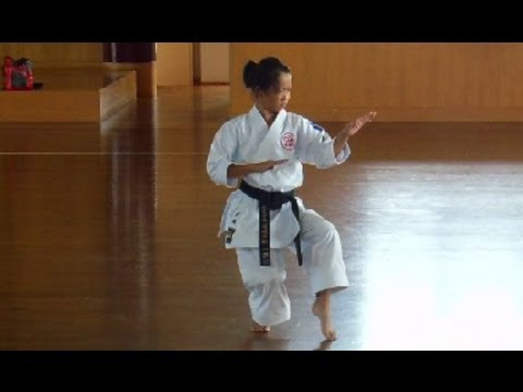11 Year Old Girl Karate Champion in Japan!