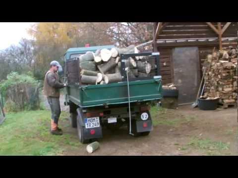 Multicar M25 Holztransport mit Holzknecht