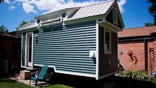 Couple living in their 118 sq ft tiny house FULL TOUR