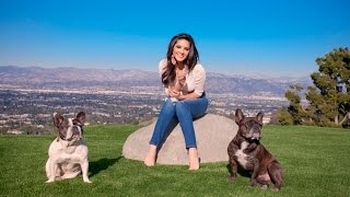 Sunny Leone HOT In Tight Jeans Playing With Her Puppies