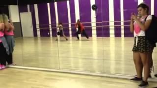Simrin Player dancing to Make It Nasty