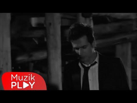 Teoman Renkli Rüyalar Oteli Official Video