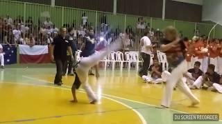 Rosinha Campeã mundial de Capoeira(Realização: Grupo Muzenza- Mestre Burgues)