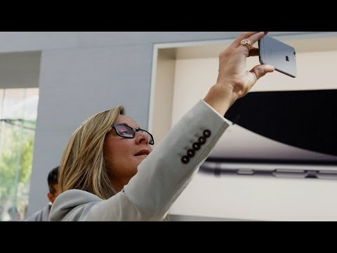Xxx Mp4 How Angela Ahrendts Went From Burberry CEO To Apple Retail Queen Fortune Most Powerful Women 3gp Sex