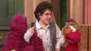 Sesame Street: Rocco Fiorentino Sings