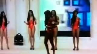 Miss Côte d'ivoire 2012. Une Miss tombe! Sorcellerie ou pas???