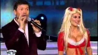 Showmatch 2010 - Silvina, de la bailanta al bailando