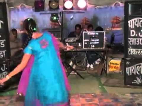 Desi girls dancing in laxmangarh sikar