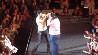Luke Bryan Country Girl (Shake it for Me) Huntsville, AL 1-18-13