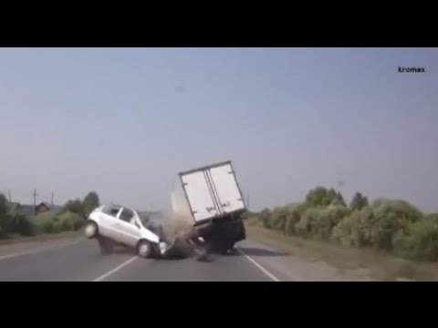 compilation d Accident de voiture n°1