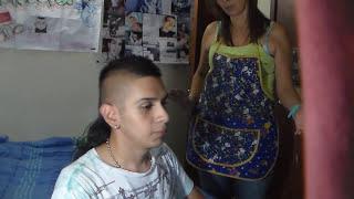 Mi Mama Me Pilla Viendo Porno (Reaccion, Broma) | Flor Tamayo