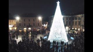 Il CDV canta durante l'accensione dell'Albero di Natale di Gallarate