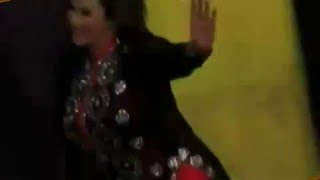 pakistani girl Nida chaudhary full spicy satge mujra dance show 2016 must watch