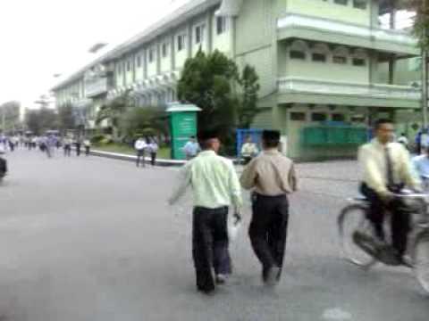 Minggu pagi di Pondok Gontor Ponorogo