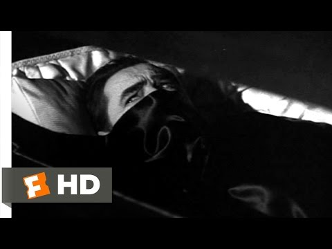 Abbott and Costello Meet Frankenstein (3/11) Movie CLIP - Dracula Rises (1948) HD