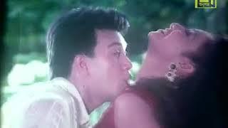 Protidin Tomake Chai প্রতিদিন তোমাকে চাই Amar Ontore Tumi Shabnur,Shakil,Bapparaj Bangla Movie Song3