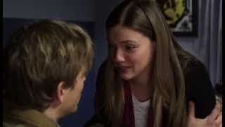 Tracy Spiridakos The Boy She Met Online_11