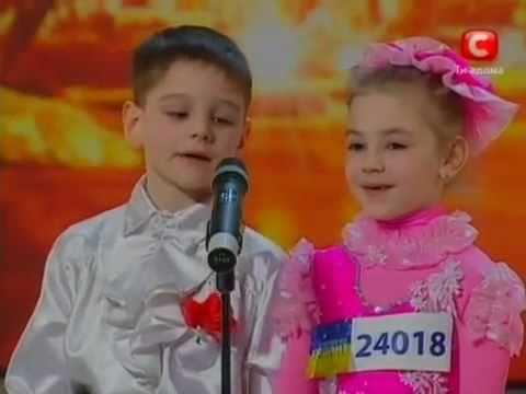 Ukrayna lı çocukların müthiş dans gösterisi Türkçe Altyazılı