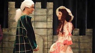 اعتراف ايلول بتحرش كمال بها في الأزهار الحزينة الحلقة 48 (مشهد المسرحيه)