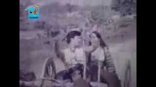 BANGLA OLD SONG,,AMAR GORUR GARITE BOU'' FILM ''AAKHI MILON low